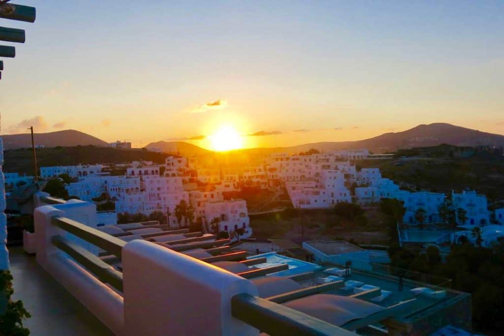 22 Spectacular Sunsets from Around the Globe-Paros Greece
