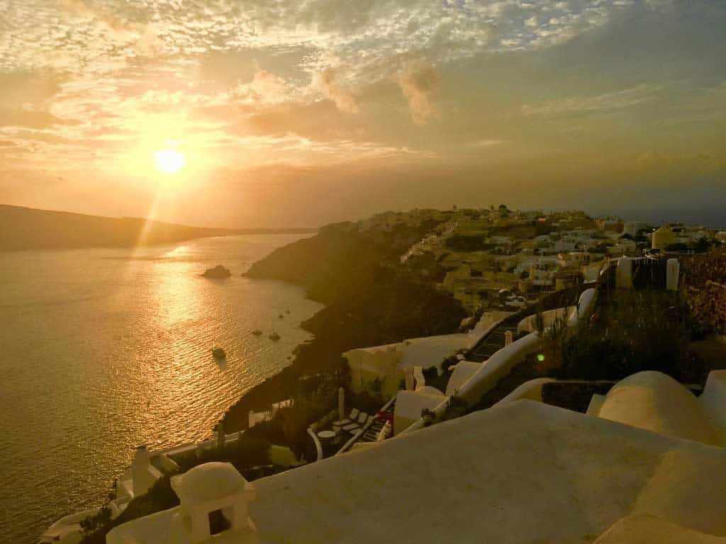 22 Spectacular Sunsets from Around the Globe-Oia, Greece