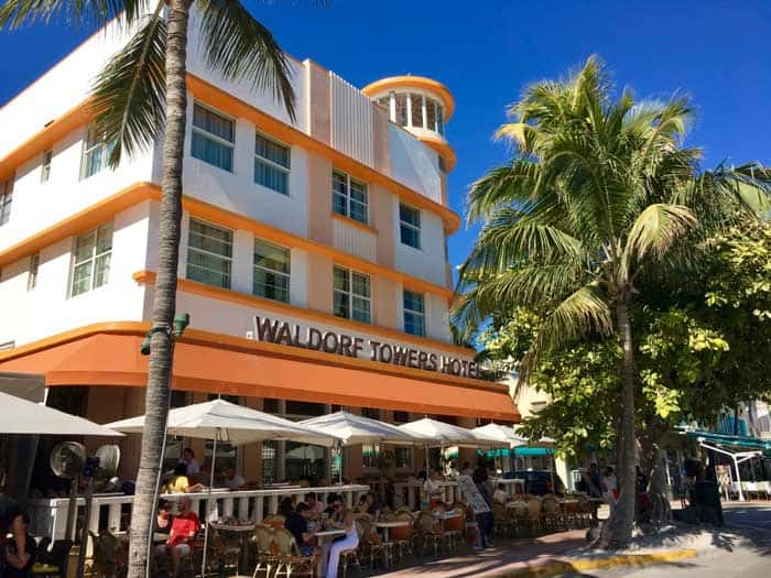 Miami Beach Art Deco District - Waldorf Towers Hotel